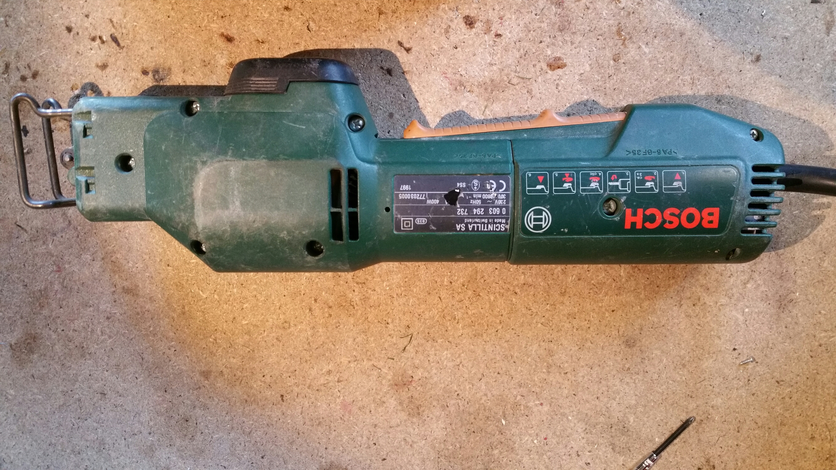 Electrical saw from Bosch teardown
