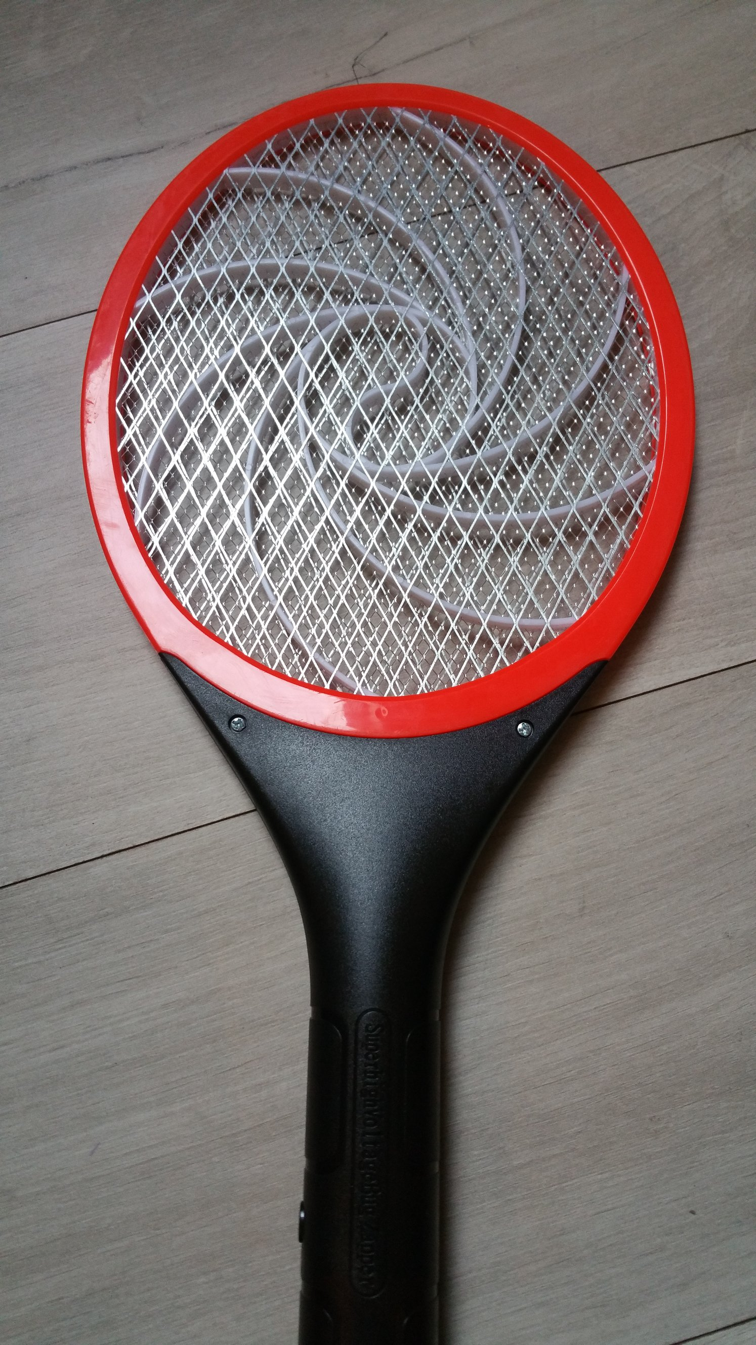 Tennis racket insect zapper